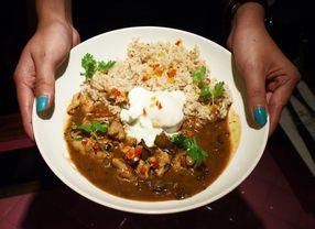 7 Tempat Makan Enak di PVJ untuk Kulineran Setelah Belanja