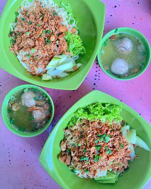Foto review Spesial Pangsit Mie Ayam Hefan oleh denise elysia 1