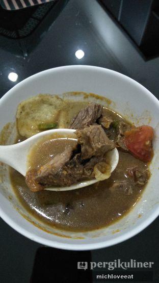 Foto 2 - Makanan di Soto Roxy H. Darwasa oleh Mich Love Eat