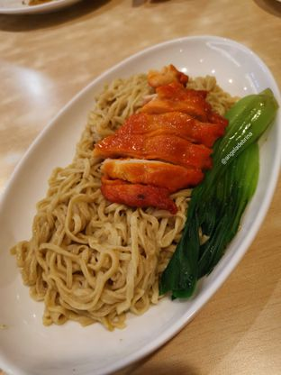 Foto 1 - Makanan(Mie Ayam Cha Siew) di Imperial Kitchen & Dimsum oleh Angela Debrina