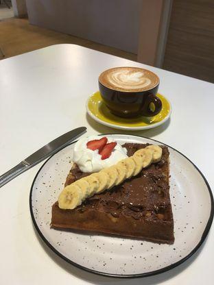 Foto 32 - Makanan di BROWNFOX Waffle & Coffee oleh Prido ZH