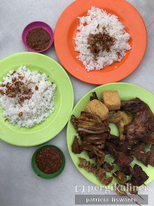 Foto 6 - Makanan di Nasi Uduk Kiko Sari oleh Patsyy