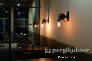Foto 3 - Interior di Coffee Smith oleh Darsehsri Handayani