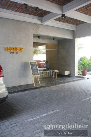 Foto 2 - Interior di Toebox Coffee oleh Selfi Tan