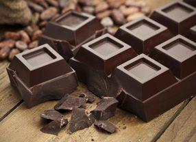 Sering Dijadikan Dessert, Ini Manfaat Kesehatan yang Kamu Dapat Dari Dark Chocolate