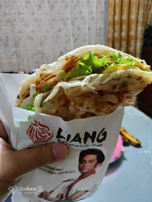 Foto - Makanan(Chicken sandwich) di Liang Sandwich Bar oleh Gabriel Yudha | IG:gabrielyudha