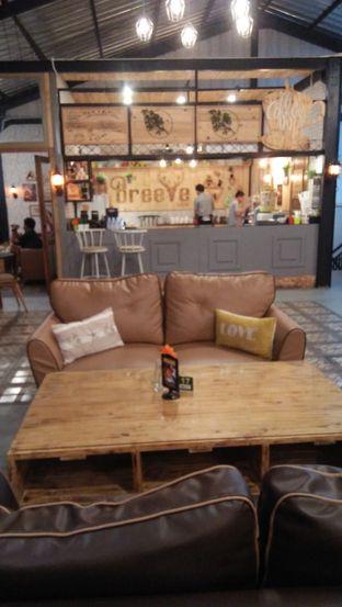 Foto 6 - Interior di Breeve Hills Resto & Cafe oleh Review Dika & Opik (@go2dika)