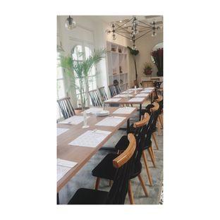 Foto 2 - Interior di Kembang Tandjoeng oleh Dina Ambrukst