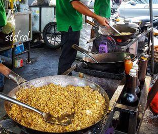 Foto 2 - Makanan di Nasi Goreng Kebuli Apjay oleh Stanzazone
