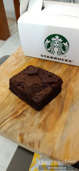 Foto 1 - Makanan di Starbucks Coffee oleh Mich Love Eat