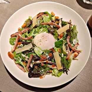 Foto 2 - Makanan(Ontama Caesar Salad) di Beatrice Quarters oleh Nathania Kusuma