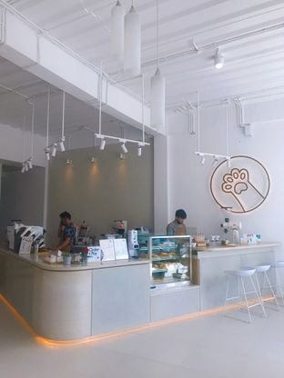Foto 10 - Interior di Oi Coffee & Eatery oleh yudistira ishak abrar
