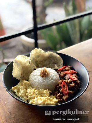 Foto 3 - Makanan(Nasi tempe telur rumahan) di Kolonial Bistro & Roastery oleh Samira Inasyah