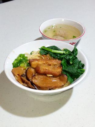 Foto 7 - Makanan di Bakmie Oink oleh Christ the Eater
