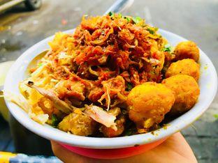 Foto 5 - Makanan(Atau Makan Cabe Pake Bubur?) di Bubur Ayam Samping BCA Khas Mayong oleh Levina JV (IG : levina_eat )