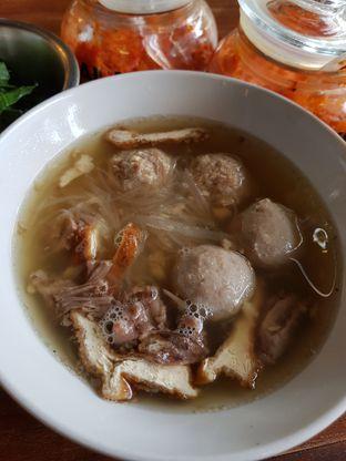 Foto review Bakso So'un & Mie Ayam TTD.47 oleh Clara Yunita 6