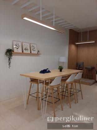 Foto 3 - Interior di Aiko Coffee oleh Selfi Tan