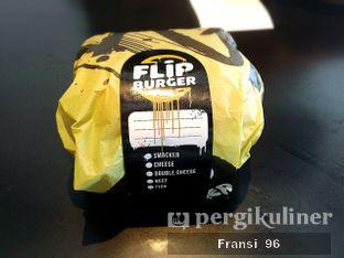 Foto 2 - Interior di Flip Burger oleh Fransiscus