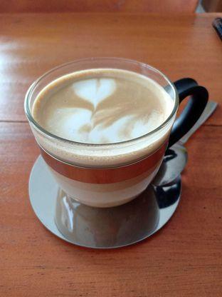 Foto review Waroeng Oversize oleh Komentator Isenk 4