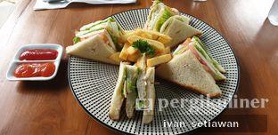 Foto review de'CLAN Resto & Cafe oleh Ivan Setiawan 6