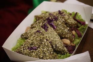 Foto 4 - Makanan(Tempeh Gomashio) di Burgreens Express oleh Elvira Sutanto