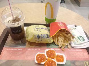 Foto 1 - Makanan di McDonald's oleh lisa hwan