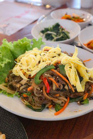 Foto 5 - Makanan di Maru (Gojumong) oleh thehandsofcuisine