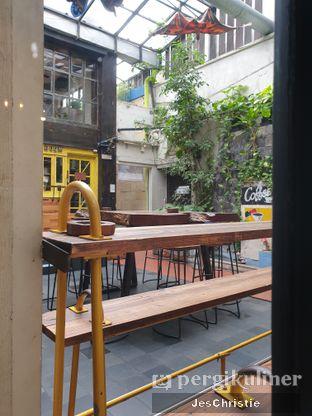 Foto 4 - Interior di Giyanti Coffee Roastery oleh JC Wen