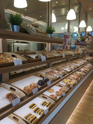 Foto 8 - Interior di Honeybun Bakery & Cake oleh Deasy Lim
