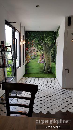 Foto 8 - Interior di Coffee On Fifth oleh UrsAndNic