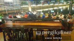 Foto 10 - Interior di BREWERKZ Restaurant & Bar oleh Marisa @marisa_stephanie