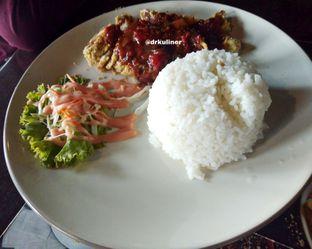 Foto 2 - Makanan di Dago Bakery oleh Devi Renat