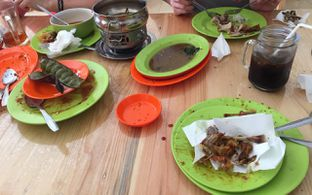 Foto 3 - Makanan(ludessss) di Ayam Goreng Borobudur oleh Prajna Mudita