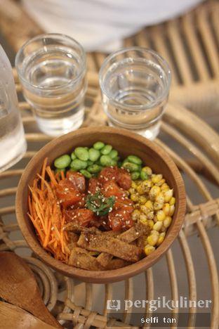 Foto 1 - Makanan di Poke Haus oleh Selfi Tan