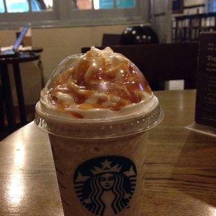 Foto review Starbucks Coffee oleh Almira  Fatimah 2