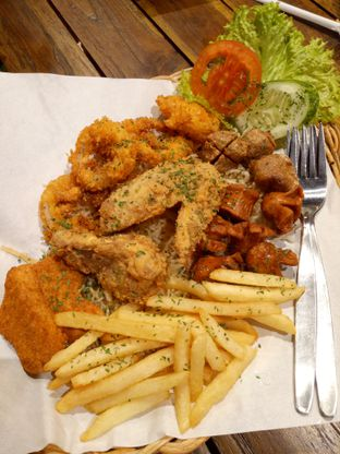 Foto 3 - Makanan di Joybox Warung Millenial oleh Clangelita
