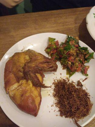Foto 2 - Makanan(Ayam goreng mercon) di Ayam Mercon Kongko2 oleh Stella Griensiria