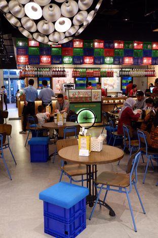 Foto 13 - Interior di The People's Cafe oleh yudistira ishak abrar