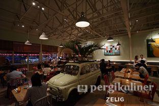Foto 8 - Interior di Attarine oleh @teddyzelig