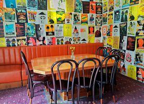 14 Cafe Instagramable di Riau Bandung, Cocok Banget Buat Foto-Foto