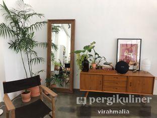 Foto 5 - Interior di Teras Rumah oleh Del and Dit