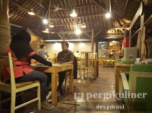 Foto 3 - Interior di Pawon Pitoe Cafe oleh Desy Mustika
