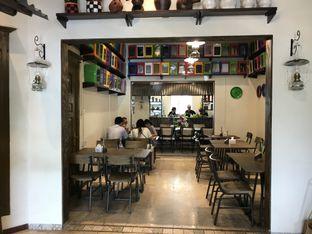 Foto 6 - Interior di Warung Dulukala oleh @fridoo_