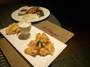 Foto 1 - Makanan di M POOL & BISTRO - The Margo Hotel oleh yudistira ishak abrar