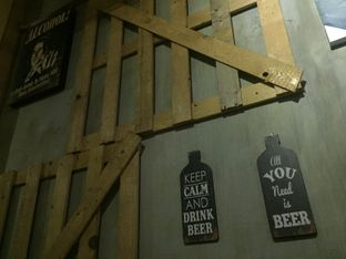 Foto 1 - Interior di CIRCULA Beer & Skewer oleh Femmy Fahriani