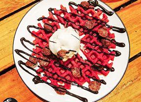 6 Waffle Enak di Surabaya yang Paling Favorit