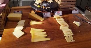 Foto 11 - Interior(cheese) di Collage - Hotel Pullman Central Park oleh maysfood journal.blogspot.com Maygreen