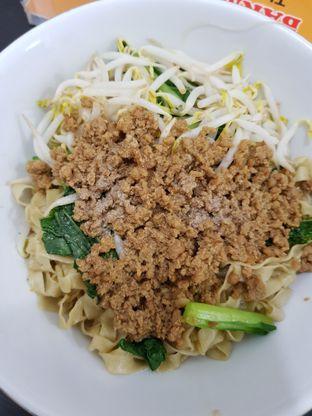 Foto 2 - Makanan di Bakmi Aliang Gg. 14 oleh eleonoraD