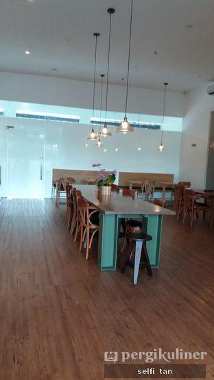 Foto review Louie Coffee oleh Selfi Tan 4
