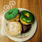 Foto Donat di Dunkin' Donuts